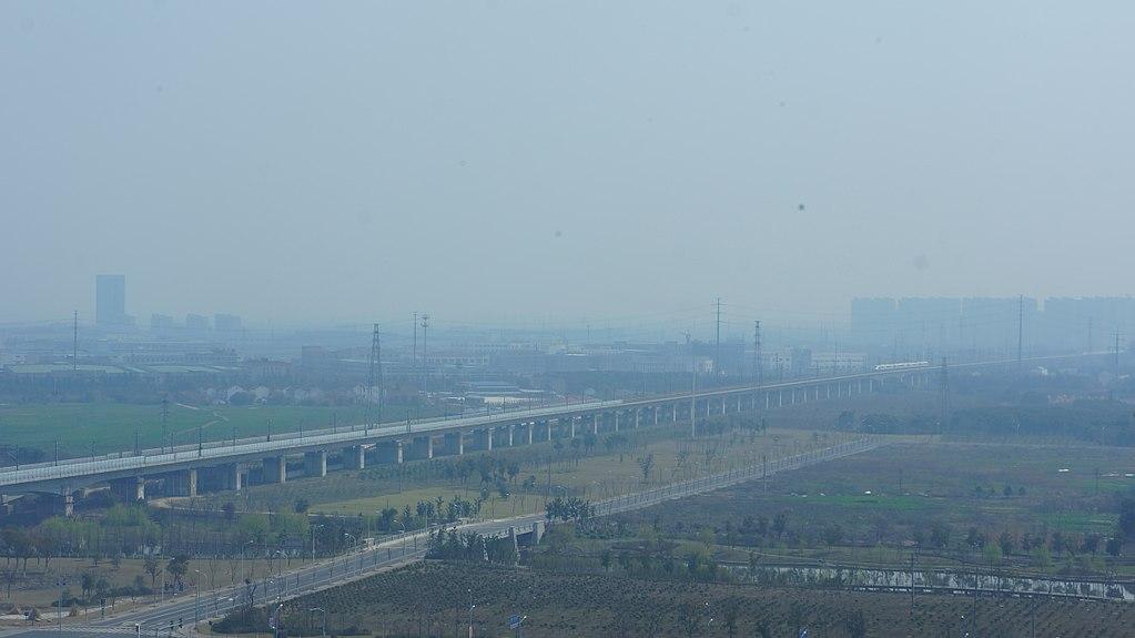 1024px-201603_Danyang-Kunshan_grand_bridge_(wuxi).JPG